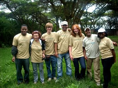 A group of Projects Abroad staff members and volunteers