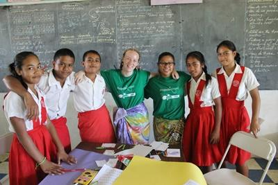 Volunteers with primary school children at a Teaching project in Samoa